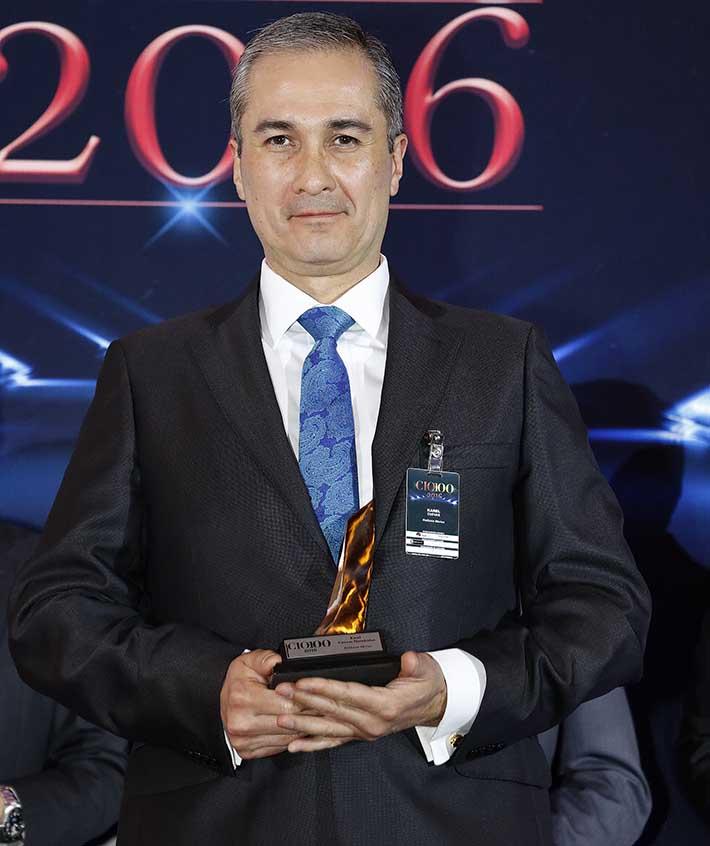 Karel Alejandro Cuevas Hernández, CIO de KidZania, en la entrega de los Premios CIO100 2016 - Décima Primera Edición.
