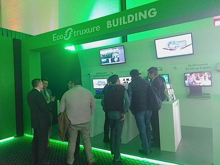 Schneider-Innovation-Summit-expo