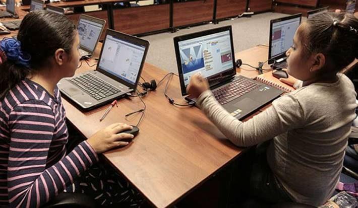 niñas-taller-programacion
